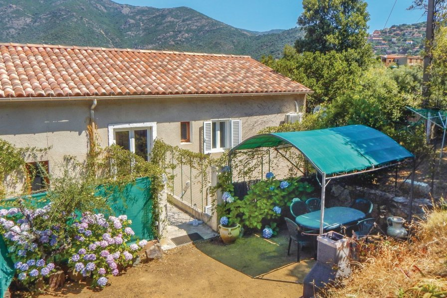 Holiday apartment in Corsica