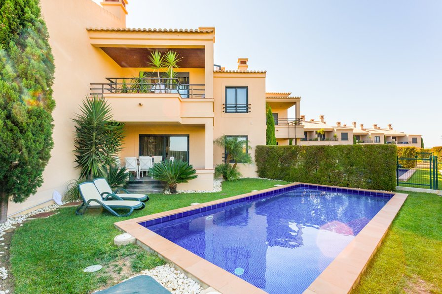 Mar da Luz Two Bedroom Ground Floor with private pool - 010