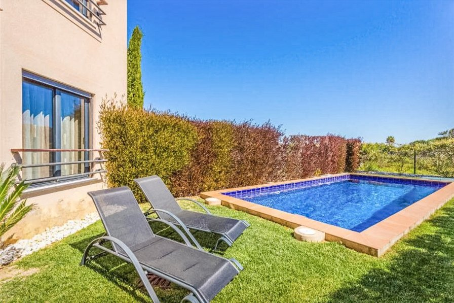 Mar da Luz Two bedroom apartment with private pool -017