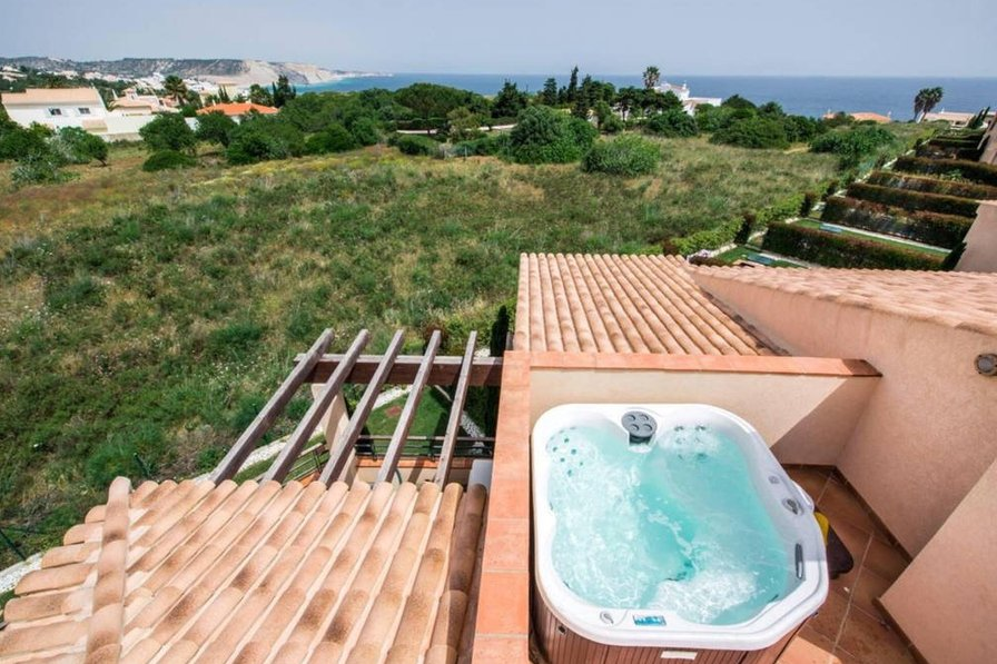 Mar da Luz Two bedroom apartment with private hot tub -122