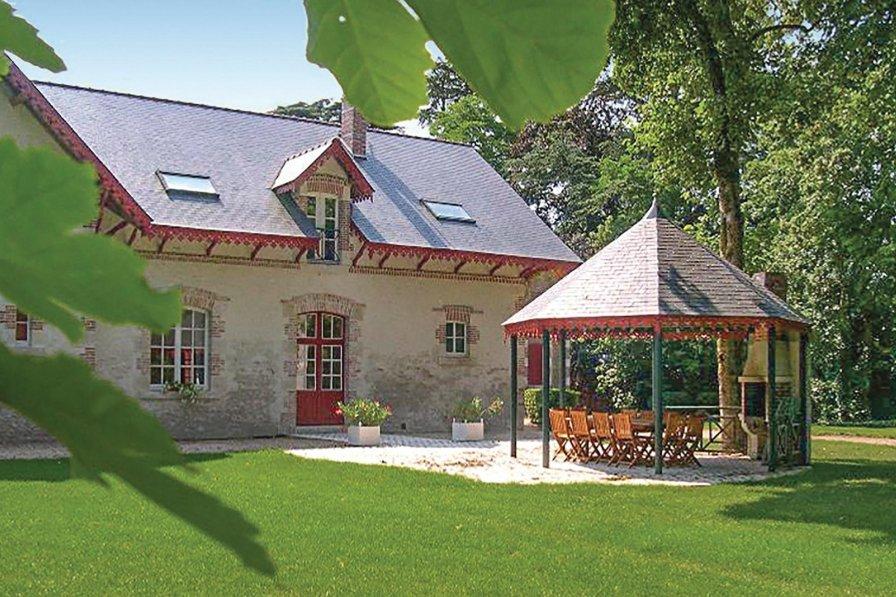 Villa with pool in Loir et Cher