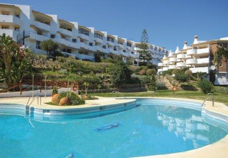 Apartment in Sitio de Calahonda, Spain