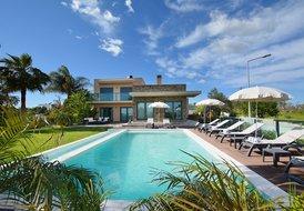 Villa in Alcantarilha, Algarve