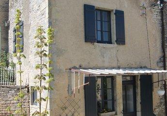 Village House in France, Baigneux-les-Juifs