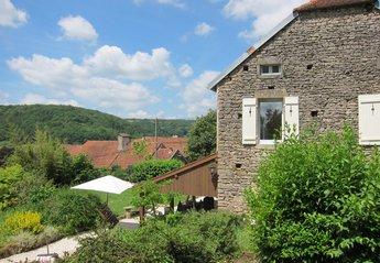 Cottage in France, Frôlois