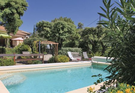Villa in Bédarrides, the South of France