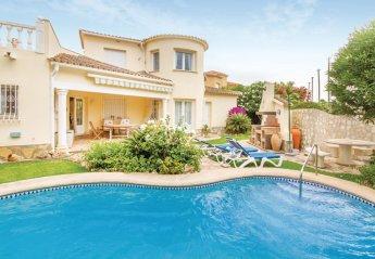 2 bedroom Villa for rent in Oliva