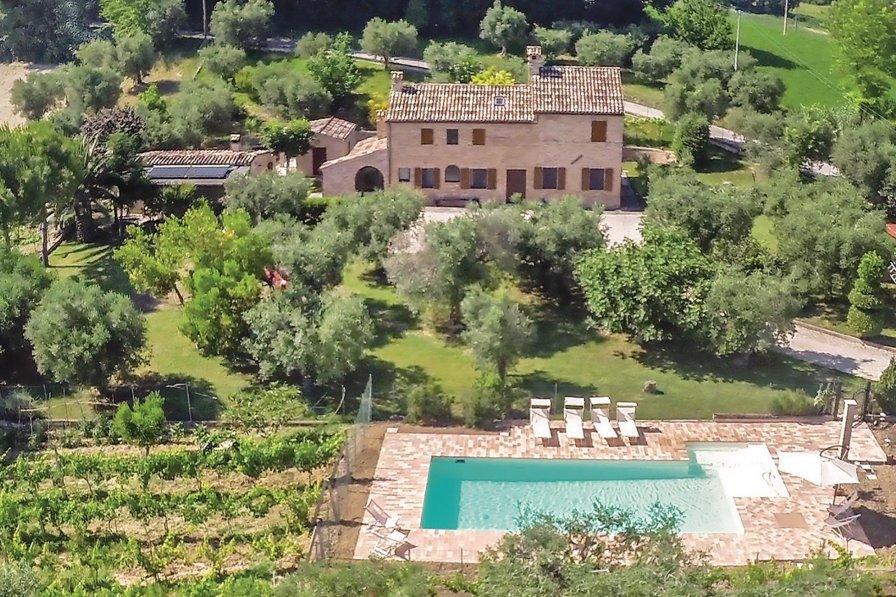 Villa in Italy, Petriolo