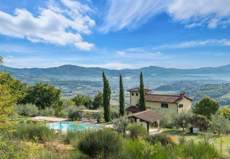 Villa in Poppi, Italy
