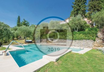 4 bedroom Villa for rent in Pistoia