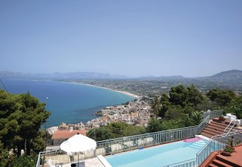 5 bedroom Villa for rent in Castellammare del Golfo