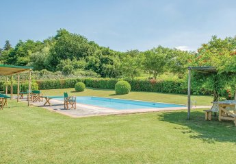 6 bedroom Villa for rent in Vicchio