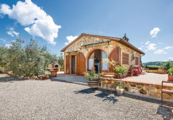 2 bedroom Villa for rent in Poggibonsi