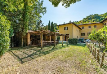 6 bedroom Villa for rent in Borgo San Lorenzo