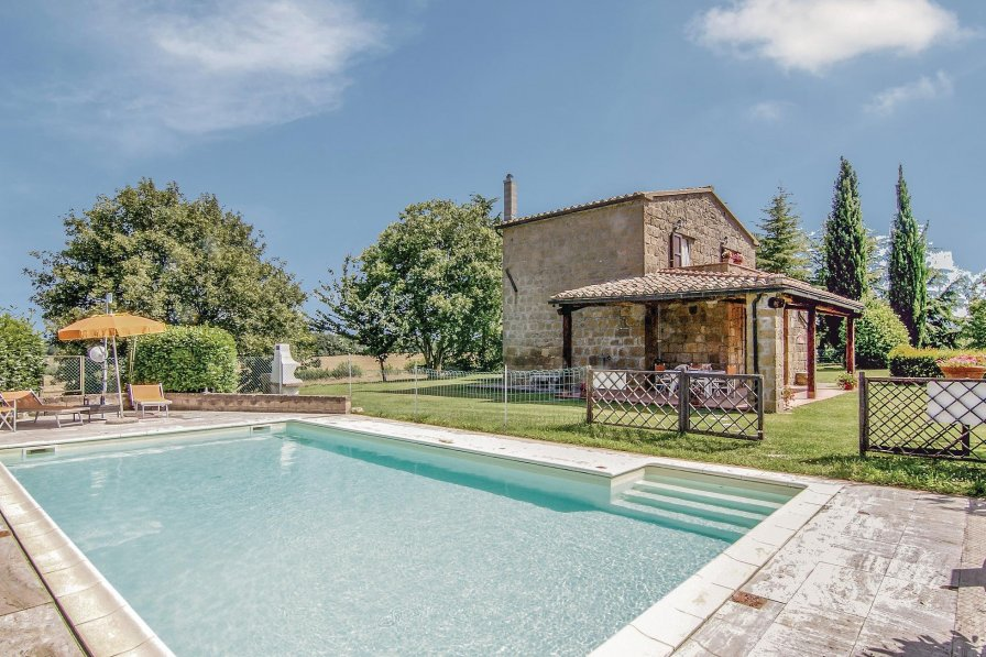 Villa in Italy, Pitigliano