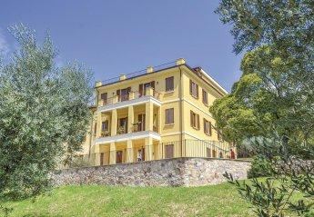 6 bedroom Villa for rent in Assisi