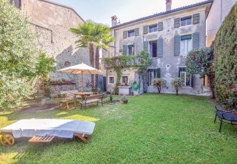 6 bedroom Villa for rent in Lazise