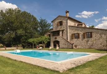 3 bedroom Villa for rent in Todi
