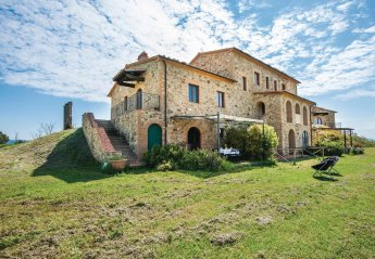 3 bedroom Villa for rent in Volterra