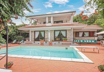 Villa in Italy, Scario: swimmingpool, parasolliggestoleitalien