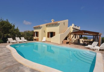 6 bedroom Villa for rent in Stintino