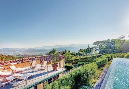 Villa in Santo Stefano di Magra, Italy