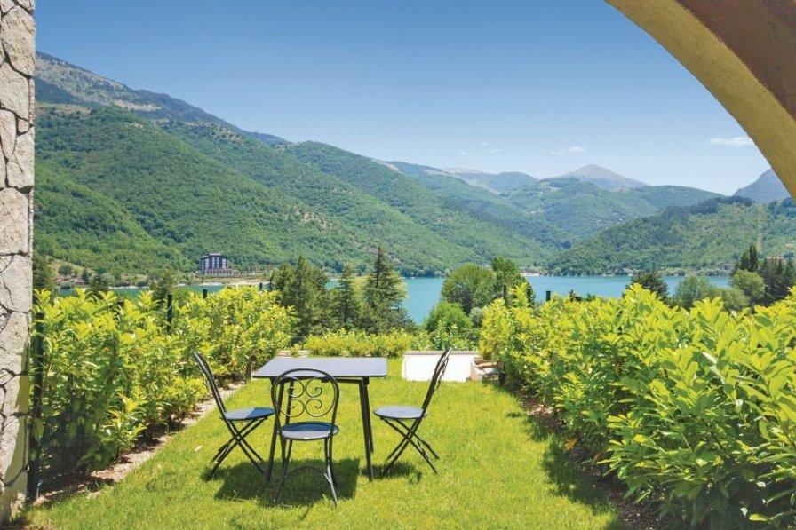 Apartment in Italy, Villalago