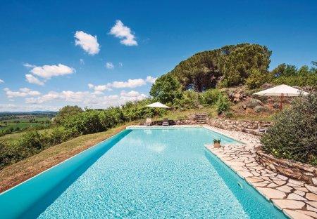Villa in Lilliano, Italy