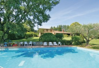 6 bedroom Villa for rent in Bracciano