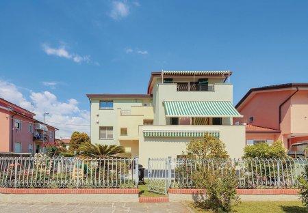 Villa in Fiumaretta di Ameglia, Italy