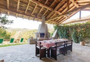 Villa in Italy, Albareto
