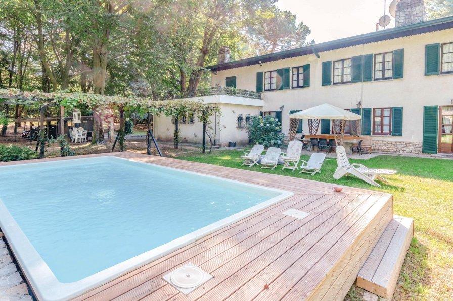 Villa in Italy, Sirtori