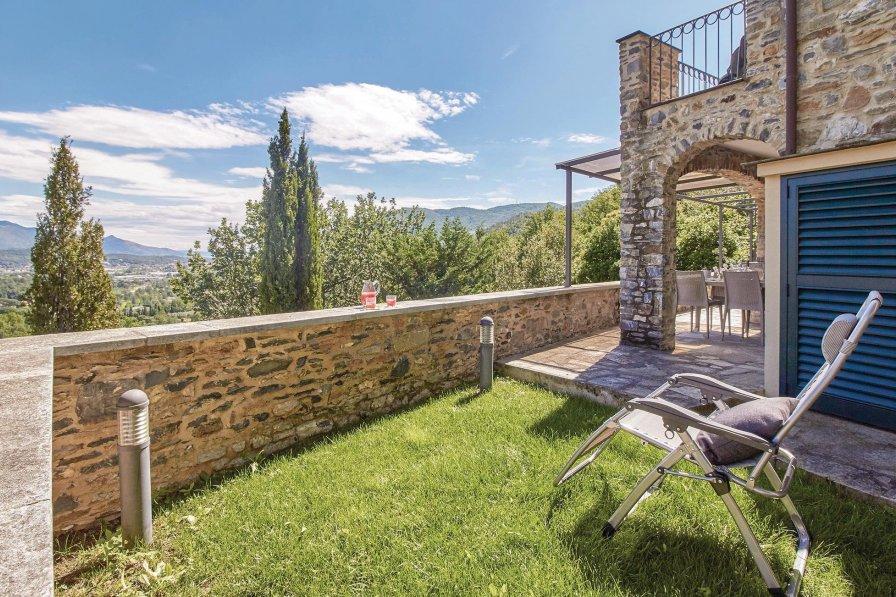 Villa in Italy, Villafranca