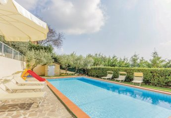 4 bedroom Villa for rent in Massarosa