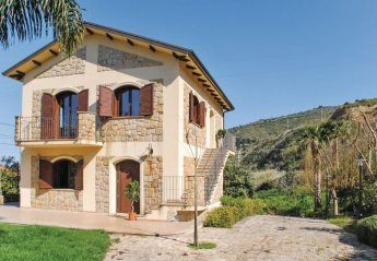 Apartment in Italy, Castel di Tusa