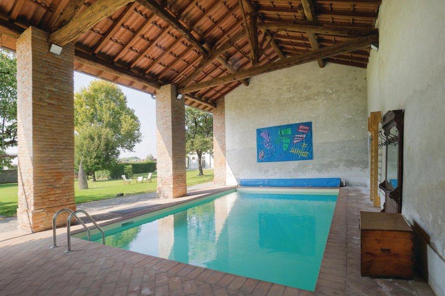 Villa in Italy, Cornovecchio