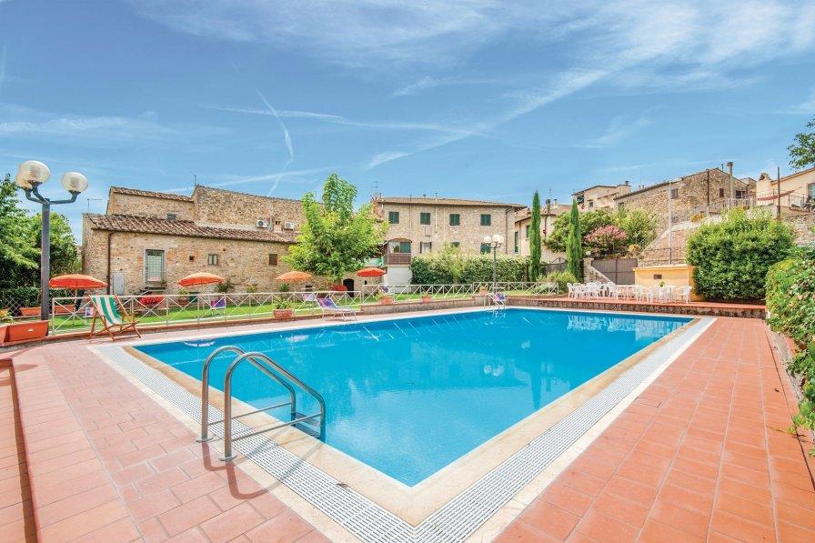 Apartment in Italy, San Donato