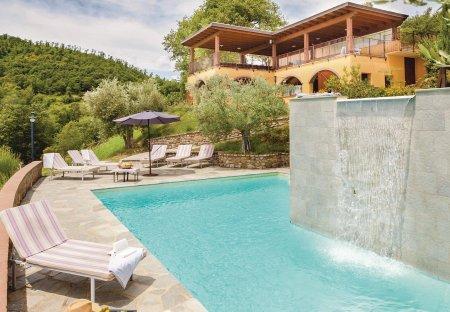 Villa in Umbertide, Italy