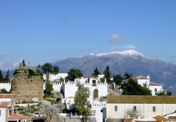 Village House in Spain, Comares: Winter view from one of the roof terraces