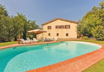 6 bedroom Villa for rent in Monteriggioni