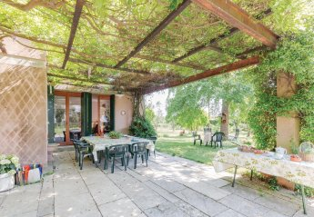 2 bedroom Villa for rent in Venice, Veneto