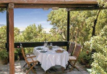 2 bedroom Villa for rent in Castelsardo