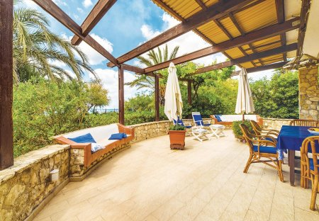 Villa in Contrada Cipollazzo, Sicily
