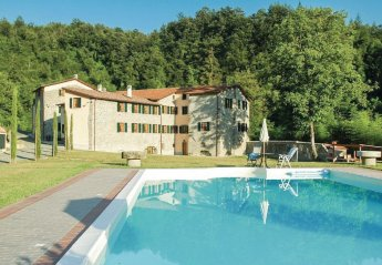 2 bedroom Apartment for rent in Fivizzano