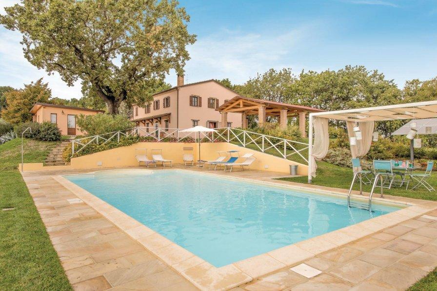 Villa in Italy, Cartoceto