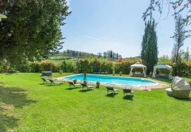 Villa in Foiano della Chiana, Italy
