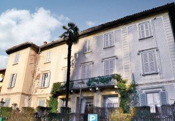 Villa in Italy, Lasnigo