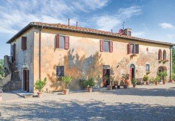 4 bedroom Villa for rent in Reggello
