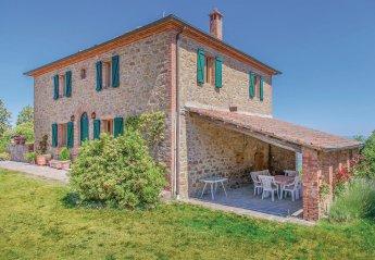 3 bedroom Villa for rent in Sinalunga