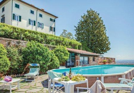 Villa in Castelfranco di Sotto, Italy